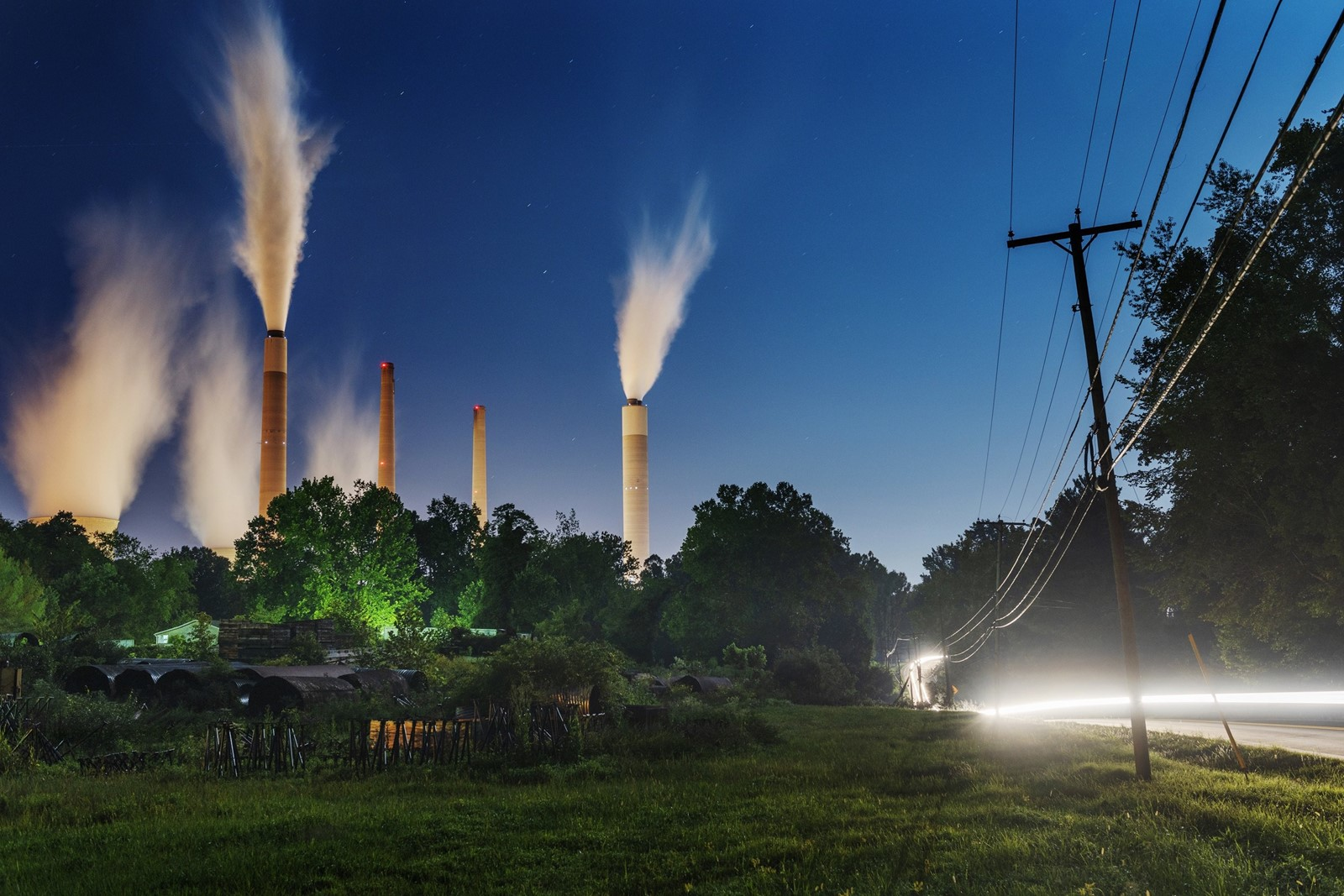 Print Top carbon polluters striving to go green Big energy firms