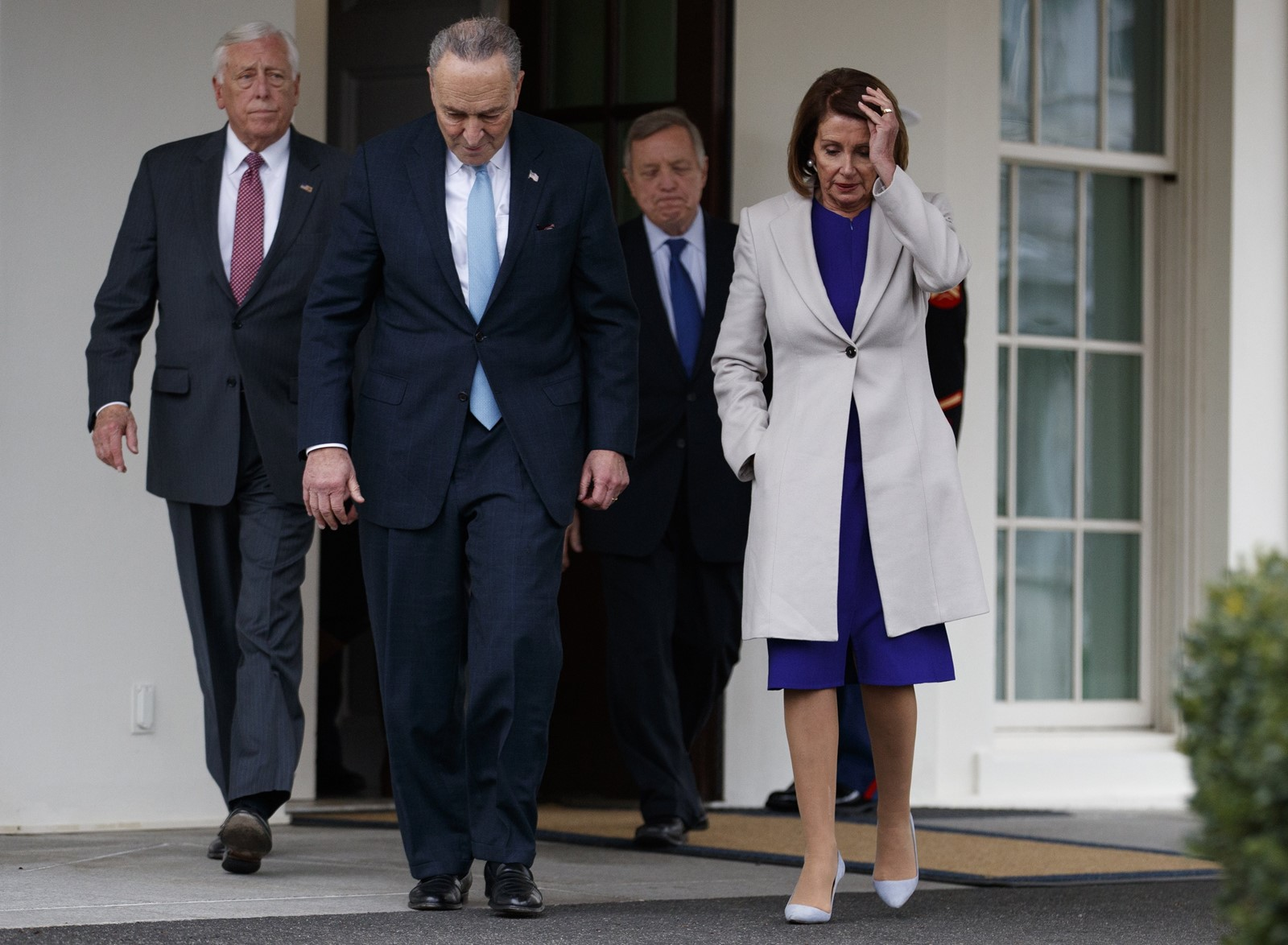 House Majority Leader Steny H. Hoyer, Senate Minority Leader Charles E. Schumer, Senate Minority Whip Richard J. Durbin and House Speaker Nancy Pelosi, from left, had an unsuccessful meeting with Trump. — Photograph: Evan Vucci/Associated Press.