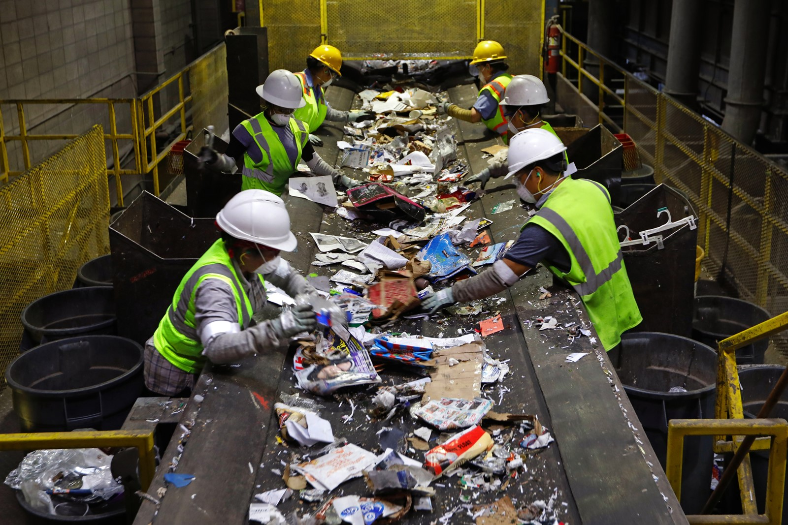 Burbank Recycling Center >> Print Moving Past Wishcycling As Recyclables Market
