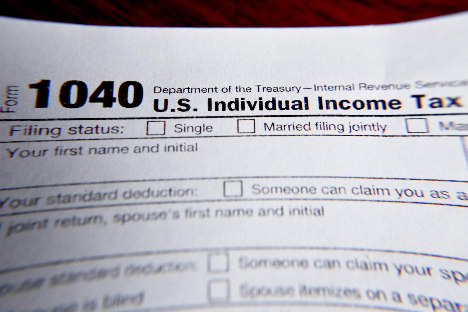 VP_IC_1011022302_1011176712_003-0215_ib-tax-small-business-0215.jpg